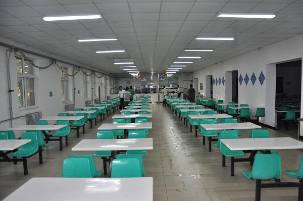 新月驾校食堂